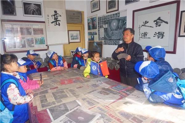 触摸中国最美印记——新华小记者零距离感受瓦当非遗文化