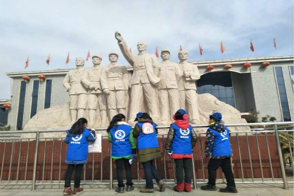 新华小记者应邀参观唐河革命纪念馆