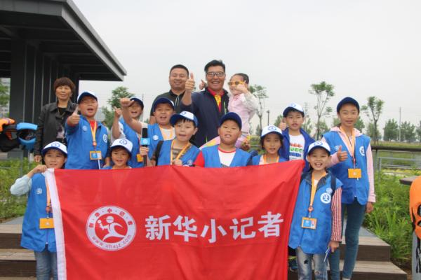 新华小记者备战第七届中华轩辕龙舟大赛 传承龙的精神