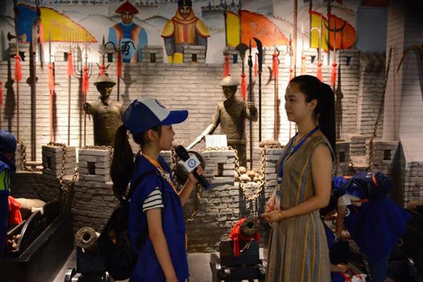 新华小记者走进登封嵩山少林古兵器博物馆